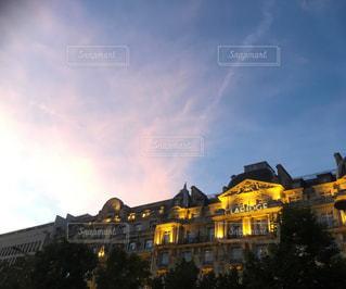 パリの夕焼け空の写真・画像素材[1381359]