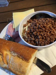 フランスの朝食の写真・画像素材[1381399]