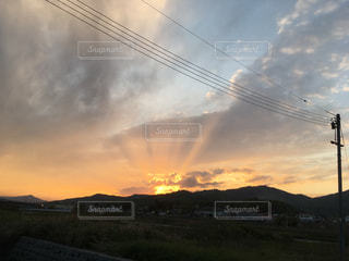 空の雲 光芒の写真・画像素材[816761]