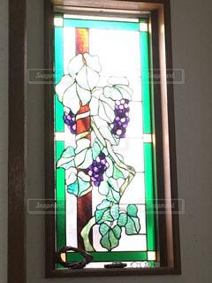 葡萄のステンドガラスの写真・画像素材[816992]