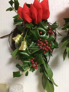 クリスマスホーリーガーランドの写真・画像素材[905448]
