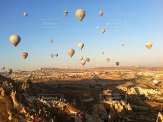 カッパドキアで乗った気球からの眺めの写真・画像素材[763175]