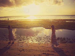 海辺を散歩の写真・画像素材[775140]