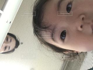 子どもがスマホで撮影 - No.769951
