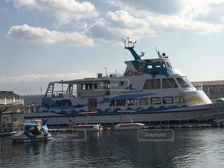 くじらボートで水上さんぽの写真・画像素材[1003505]
