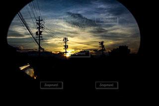 近く暗闇の中雲のアップ - No.769885
