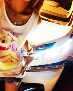 車と女性の写真・画像素材[771702]