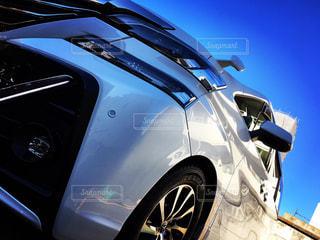車と青空の写真・画像素材[816703]