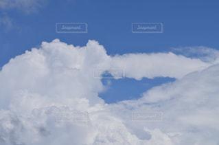 空には雲のグループの写真・画像素材[770848]