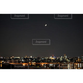 夜の街の景色の写真・画像素材[770460]