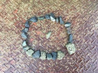 近くの岩のアップの写真・画像素材[771863]