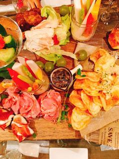 食品の完全なテーブルの写真・画像素材[795484]