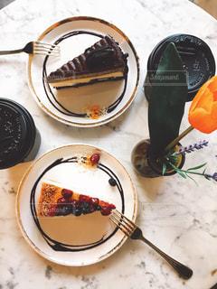 ナイフで食べ物の皿の写真・画像素材[773367]
