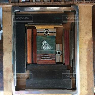 建物内のストーブ トップのオーブン リビングの写真・画像素材[774740]