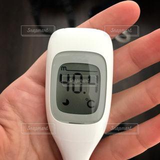 インフルエンザで高熱が出たときの記録の写真・画像素材[3165457]