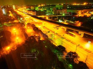 夜の街の景色の写真・画像素材[775146]
