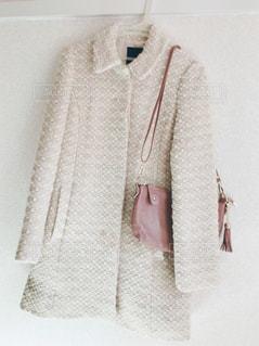 コートとバッグの写真・画像素材[873035]