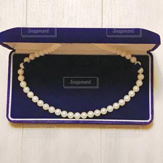 真珠のネックレスの写真・画像素材[909573]