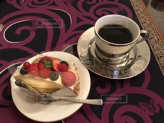 ケーキとコーヒーの写真・画像素材[938555]