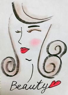ピンクのチーク女性の写真・画像素材[991179]