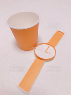紙コップの腕時計の写真・画像素材[1106882]