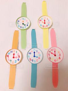 紙コップの腕時計の写真・画像素材[1109159]