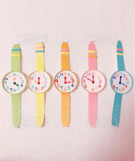 完成した紙コップの腕時計の写真・画像素材[1109205]