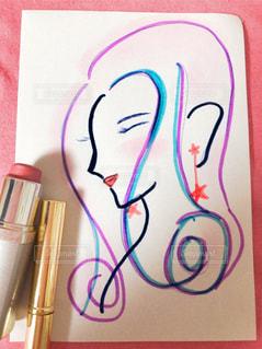 化粧品で色付けされた女性の写真・画像素材[1253477]