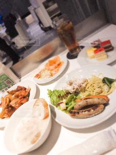 食事の写真・画像素材[1676898]