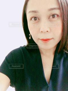女性の写真・画像素材[2136089]