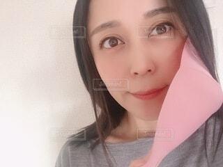 マスク外した女性の写真・画像素材[3941382]