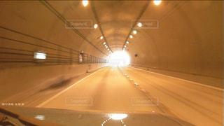 近くの天井のライトをの写真・画像素材[787954]
