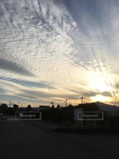 空には雲のグループの写真・画像素材[787967]