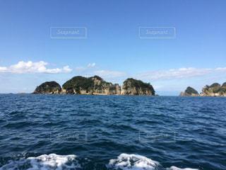 西伊豆、堂ヶ島の三四郎島の写真・画像素材[885896]
