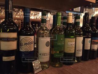 ワインのボトルの写真・画像素材[779319]