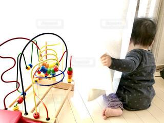 窓辺の赤ちゃん - No.923144
