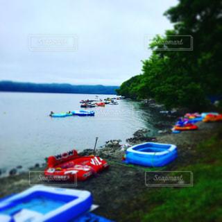 青と白のボートの写真・画像素材[780113]