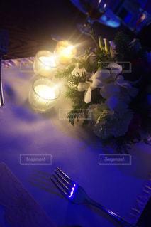 テーブルの上 - No.781088