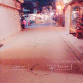 夜の散歩の写真・画像素材[781154]
