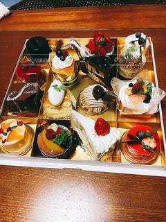 16個のケーキ - No.786380