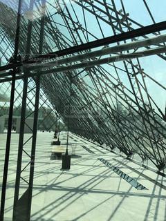 ピラミッドの幾何学の写真・画像素材[1023297]