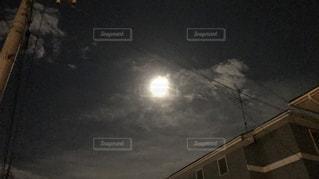 十五夜の月の写真・画像素材[787068]