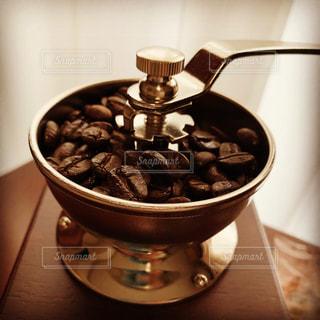 コーヒーミルの写真・画像素材[2711658]
