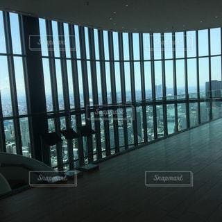 大きなガラス窓の写真・画像素材[786600]
