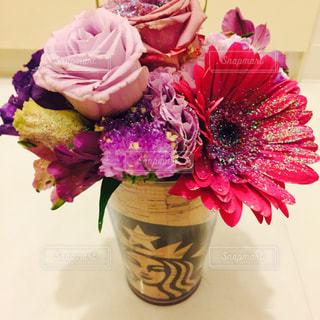 キラキラ花束の写真・画像素材[1110669]