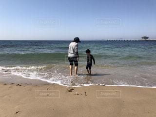 ビーチのママと子供の写真・画像素材[789653]