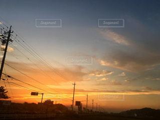 日没の前にトラフィック ライト - No.874498