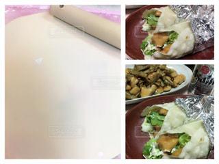 テーブルの上の食べ物のボウルの写真・画像素材[2875641]