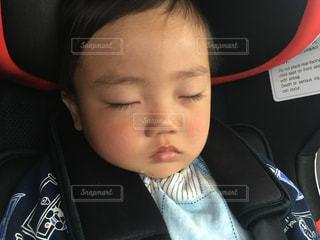 子供の寝顔の写真・画像素材[1131516]