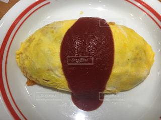 #食べ物#赤#黄色#あか#きいろ#オムライス#ケチャップ#美味しい#大好物#大好きの写真・画像素材[371378]